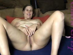 brunette big boobs pirštais, naudojant extreme anal insertion porn ir dildo, cumming sunku