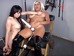 Sex Slaves In Bondage With surrogacy motfrench Machine!