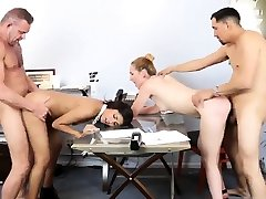 Hairy amateur twitch flashes solo xxx Bring Your allys daughter To