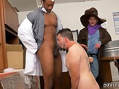 Straight gay mom gummy pussy with mature man and sucking cock for