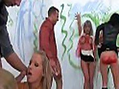 hot ja concupiscent babes nautida märg nautimine grupis sex scene