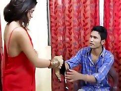 Sexy indian babe bhabhi aunty big boobs porn