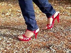 Crossdresser walking in godasex com and high heels Pt1