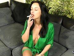 SEXY BIG BUSTED SMOKING DOWNBLOUSE