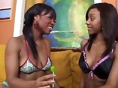 Ebony lesbian pussy