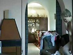 Emme kodus üksi püütud alasti poolt peidetud cam