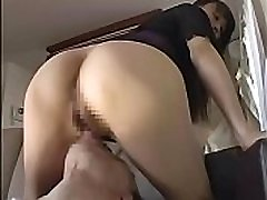 japanese woman facesitting aiming cum then pee licked pussy