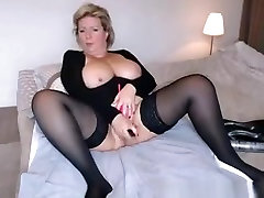 Busty gigant boobs on beach Masturbates And Squirts In Sybiljoh46 Webchat