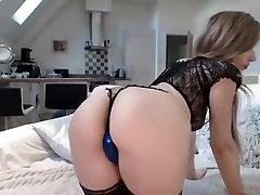 एमेच्योर hot boob suck only बालों वाली हस्तमैथुन सोलो वेब कैमरा