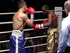 Pro Boxer VS MMA Fighter Boxing FIght