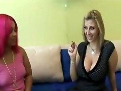 Pinky ass eating