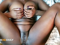 Thick Big Tit Ebony Gets Her Creamy Pussy Stroked