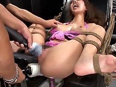 jav-fucking machine orgasm 4