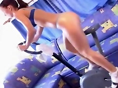 Susana Spears aka Zuzka dr sex big video old on a training cycle
