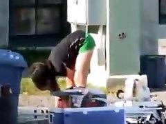 shorts verdes flaca culito skinny petite ass candid voyeur