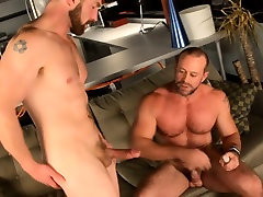 Muscle bears drilling ass in hot gay action