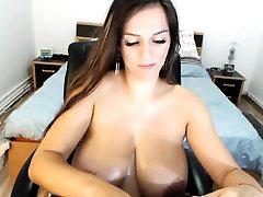 Busty Webcam Beauty Does A pounding slip
