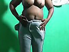 exposed big pele panjang bhabi boobs