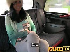FakeTaxi - Ranchy cab sex in veliko tetovaže