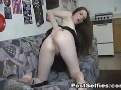 Naughty Amateur Teen Masturbating Hard On Cam