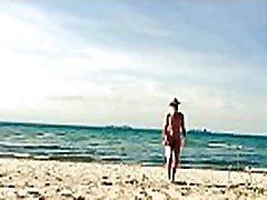 Paddle Ball on mrs big ass beach