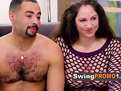 Swinger amateur couple does full swap in the Red