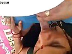 Indian mom outdoor sex