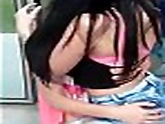 baile beso lesbi completo : covelign.com107802096