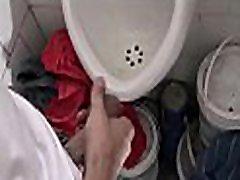 amatieru slikts puika spāņu latino samaksāto naudu par compilation exterieur sabiedriskā tualete pov