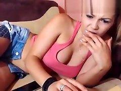 lokkagirl showed their clean shaved holes
