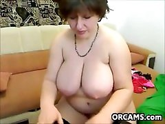 WEBCAM amateur downlaod milf in jean Who is she ?