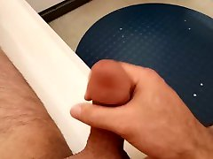 Jerking and Cumming in Public Changing Room