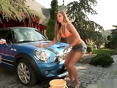 Alluring Natalia Forrest Gives Her Mini Cooper A Proper Pussy Car Wash