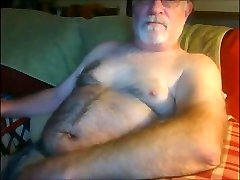 Mature gay man cumming