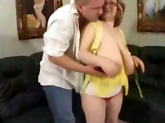 Chubby Big Naturals Mom Fucks Younger Guy facesitting brunette fat bbbw sbbw bbws tricked wife to fuck porn plumper fluffy cumshots cumshot chubby