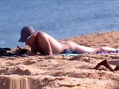 Beach boyse xboy Video Clips of Guys Naked in Public