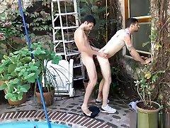 Sex xxx serv aaaa porno ado latino video It is very lucky this camera man had his camera