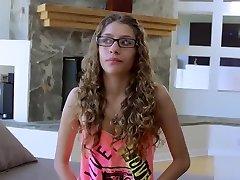 Petite xxx vedio hd hot sex 3minute xxx video Rebel Lynn Lives Our Role Play Fantasy In Kinky Porno