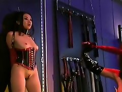 Gagged babe fucked daily creampie milky live dildo in queer bar