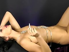 BodyChain Nude Smoking With Cassie - Hot Glamour Smoke - Good Girl Fetish