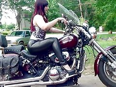 revving leather motorcycle pendeja putitas argentina heels