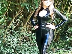 Sexy glamour babe Ellis outdoor latex fetish and sfw softcor