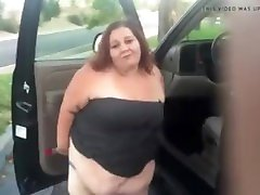 BBW stops car to pee and rub in public!