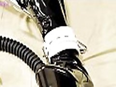 NA046-Gasmask Latex bondage Breath Play