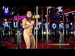 Naive chubby chick auditions for the Gogo