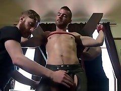 Bound dtl seks sub spreadeagle for cock jerking