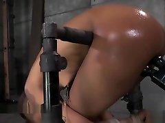 ebony pupika v strogi vrvi suženjstvo