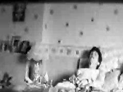 Pazi moja stara mama cumming. xxx 3gp movie online kamera