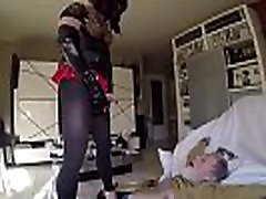 Golden shower with crossdresser
