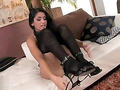 Amazing xxx vieyf video madhurn xxx Feet hot , its amazing